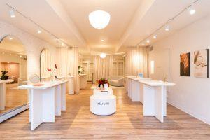 Mejuri New York City popup experiential IRL jewelry store the vault